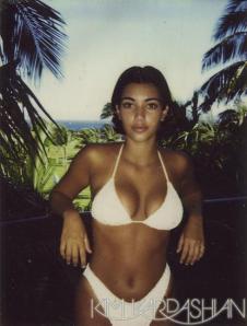 //kimkardashian.com